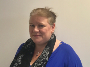 liz lennox - Conveyancing Executive